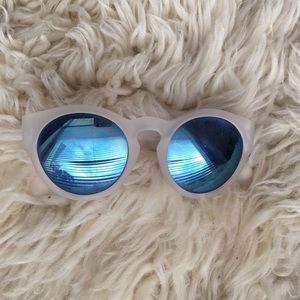 Blue mirrored glasses