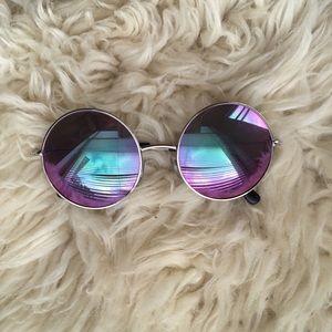 Iridescent glasses