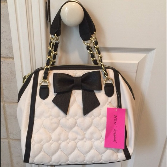 5820ebb6f4 White and black be mine bow Betsey Johnson purse