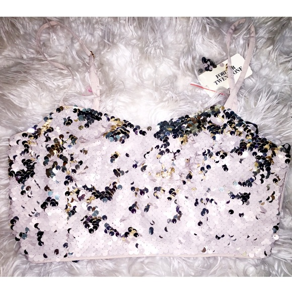 Forever 21 Tops - Sequins cream/gold woven crop top
