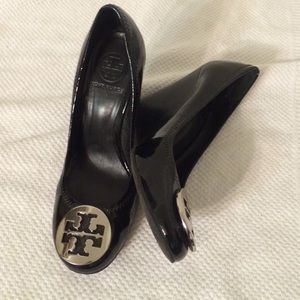 Tory burch reva wedge shoes