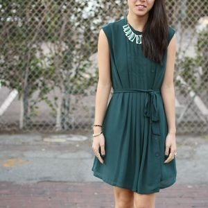 Dresses & Skirts - Green Pleated Dress