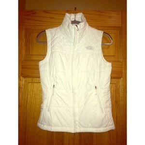 NWOT White The North Face Vest
