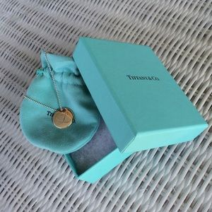 "Tiffany & Co. Jewelry - 🚫SOLD TIFFANY NOTES LETTER ""L"" ROUND PENDANT"