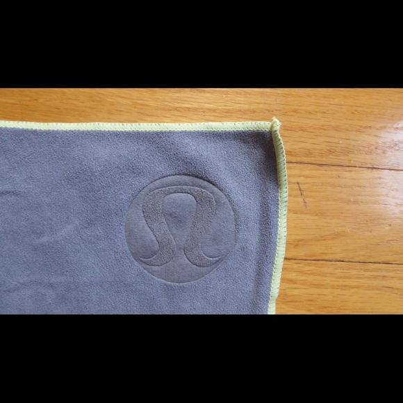 Yoga Towel Function: 54% Off Lululemon Athletica Accessories
