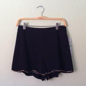 Black Scalloped Bottom Gold Bead Hemmed Shorts