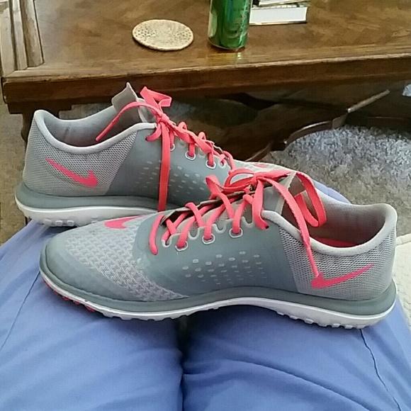 nike free run size 7.5 fit sole