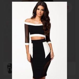 Dresses & Skirts - ❗️LAST CHANCE ❗️Crop top and skirt set S/M