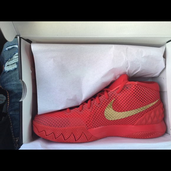 nike kyrie 1 red gold