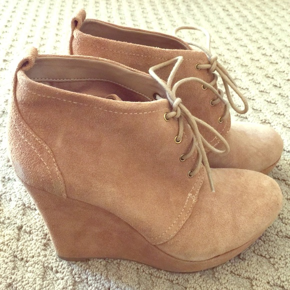 5055da7c6ecc Jessica Simpson Shoes - Jessica Simpson Catcher Suede Wedge Booties