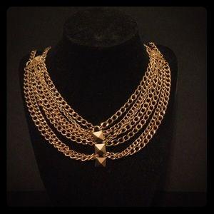 Boohoo Gold studded statement chain