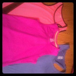 3 Workout Shirts 💕 !!