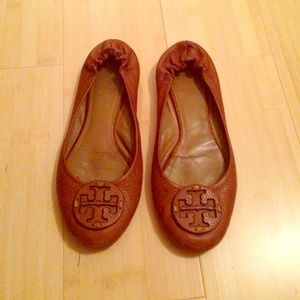 Authentic Tory Burch Tumbled Reva Flats!