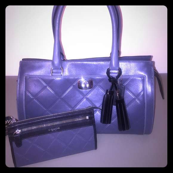 d5586fe7a7 Coach Handbags - Coach Legacy Chelsea Carryall Satchel