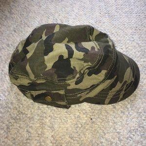 Army print hat