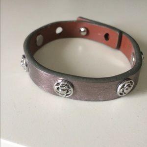 Stella & Dot Clover Single Wrap Leather Bracelet
