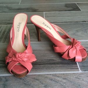 Hype Shoes - Pink bow heels