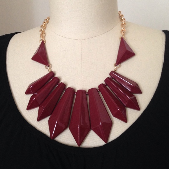 72 h m jewelry h m burgundy statement necklace from