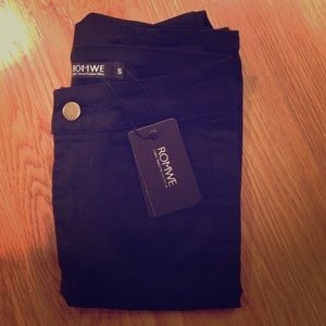 ROMWE black jeans, size small, never worn