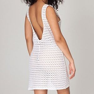 American Apparel Dresses & Skirts - American Apparel White Lace Scoop Back Dress