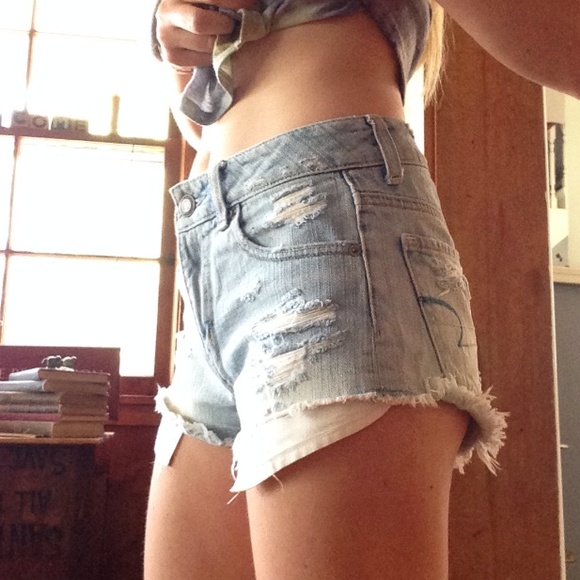 85% off American Eagle Outfitters Denim - 🌟SALE🌟 High waisted ...