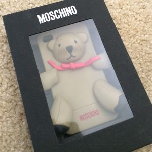100% auth!!! Moschino iPhone case for iPhone 4-4S