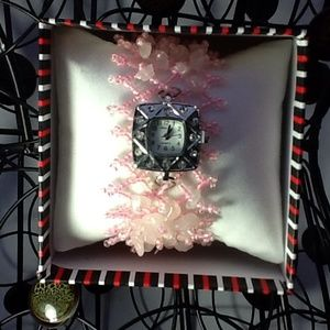 Accessories - Cute Pink beaded bracelet watch