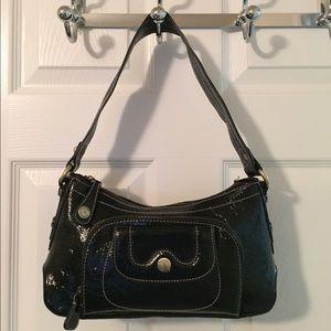 Perlina Handbags - 🛍 Perlina Black Patent Leather Shoulder Bag