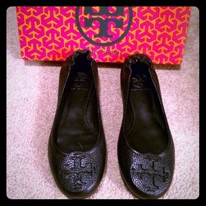 NEW Black Tory Burch Reva Flats