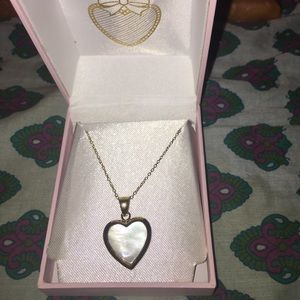 Jewelry - NWT Silver heart necklace with Abalone inlay.