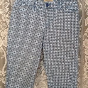 St. John's Bay Pants - Classic Look!  Pretty Blue & White Capris 8P