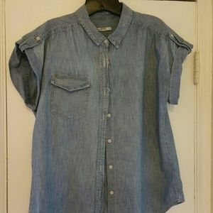 Gap 1969 Chambray Roll Sleep Button-down