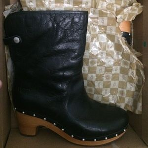 Ugg Ugg Lynnea Black Leather Boots From Cece S Closet On