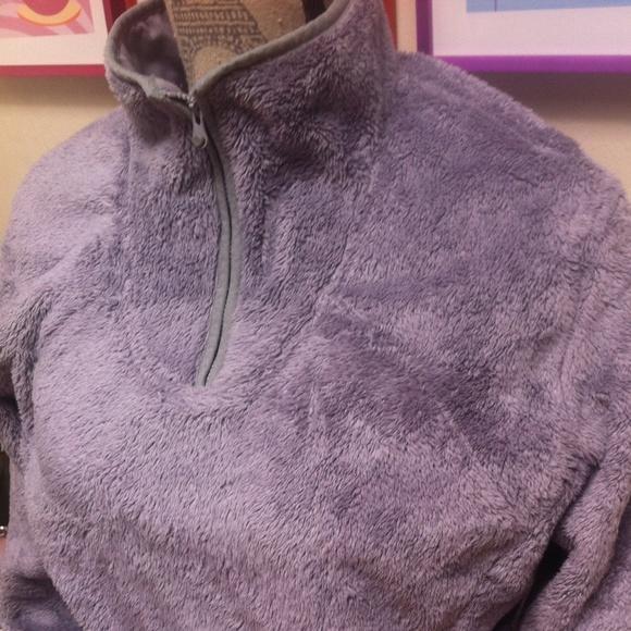 a19c39eed Fuzzy fleece Northface pullover size xl nice💜