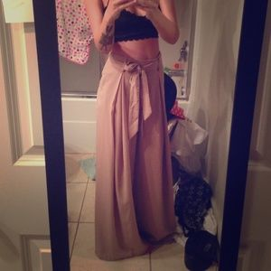Taupe woven wide leg high waisted pants