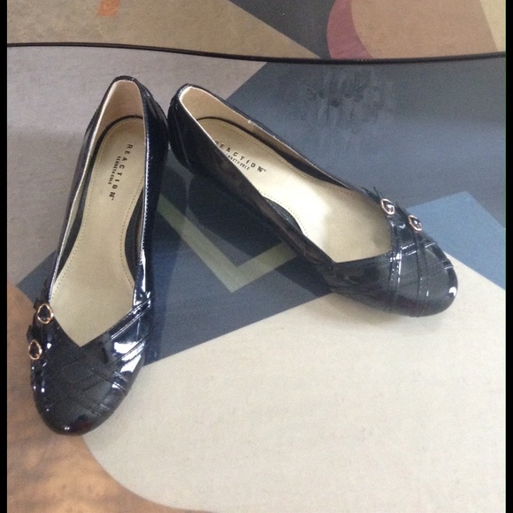 Reaction black kitten heel shoes cute black shiny kitten heel dress