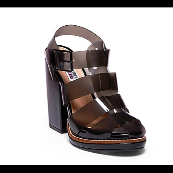 1e14b1ee4c0 Brand New Iggy Azalea    Steve Madden Jelly Heels