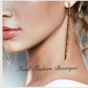 Jewelmint Jewelry - Jewelmint Chic Mystic Earrings