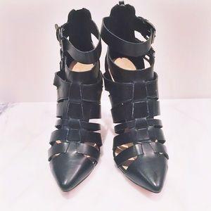 ⭐️REDUCED⭐️Zara Ankle Heels
