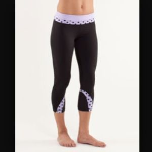 LULULEMON Inspire Crops Lilac High Noon Dot Print