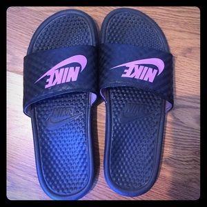 Nike Slides !