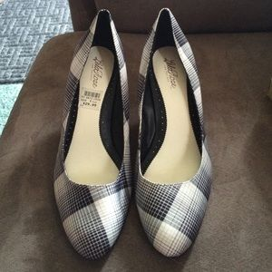 Black and White Work Pumps