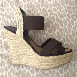 NEW ~ Brown wedges ~ 6.5
