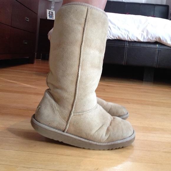 ugg boots sand