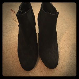 Steve Madden Shoes - Steve Madden Black Suede Booties
