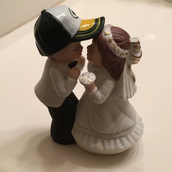 32 off other green bay packer wedding topper from tracy for Green bay packers wedding dress