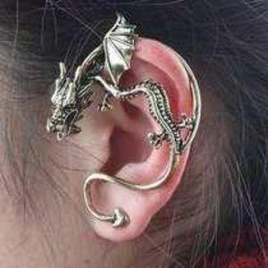 Jewelry - Dragon cuff