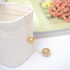 Jewelry - Double ball necklace
