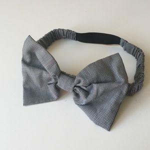 Accessories - black & white tiny Houndstooth Bow headband