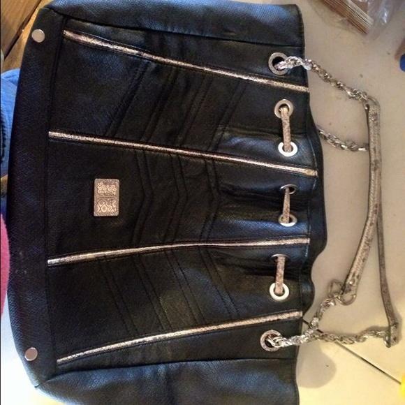 j-lo Handbags - J-lo purse